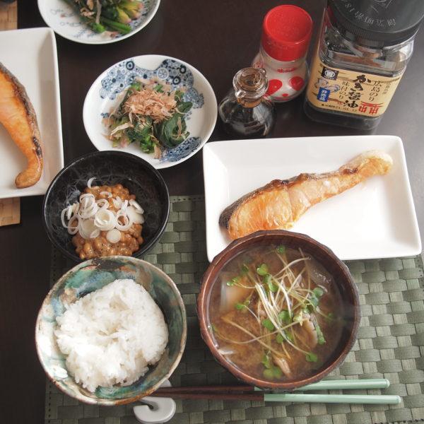 焼き鮭の朝ごはん